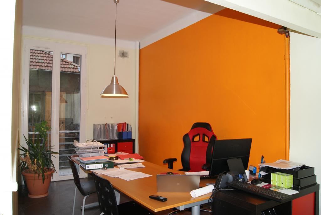 r habilitation et am nagement d 39 un appartement en bureau. Black Bedroom Furniture Sets. Home Design Ideas